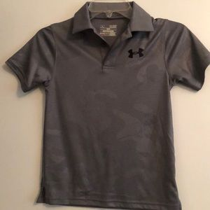 Grey collared under Armour boys shirt